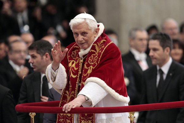 12pope_1-articleLarge